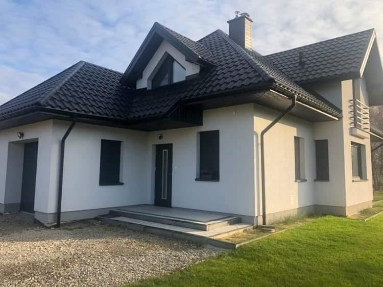 front-domu-drzwi